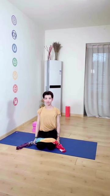 28天肩颈排毒打卡,你加入了吗?@抖音小助手 #瑜伽 特地现在才发,愿你练完好眠,良苦用心😭